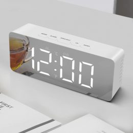 Настольные зеркальные часы в стиле минимал DS-615 mirror led clock , на батарейках (237)